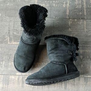 Ugg Black Sheepskin Bailey Bow Short Boot BX26